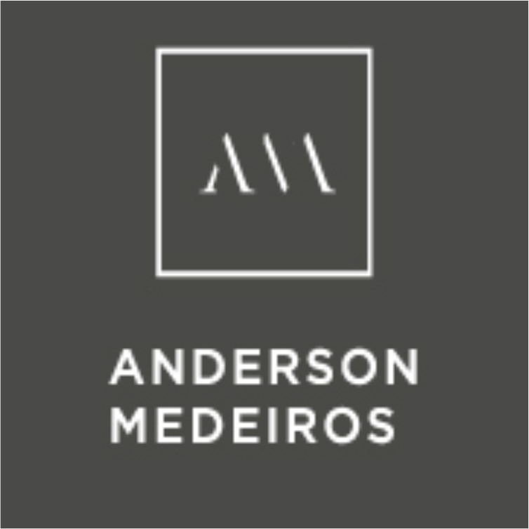 DR. ANDERSON MEDEIROS